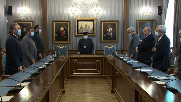 Верховный духовный Совет во главе с Католикосом Гарегином II - Sputnik Արմենիա