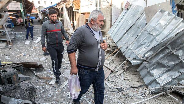 Последствия обстрела центрального рынка Степанакерта (31 октября 2020). Карабах - Sputnik Արմենիա