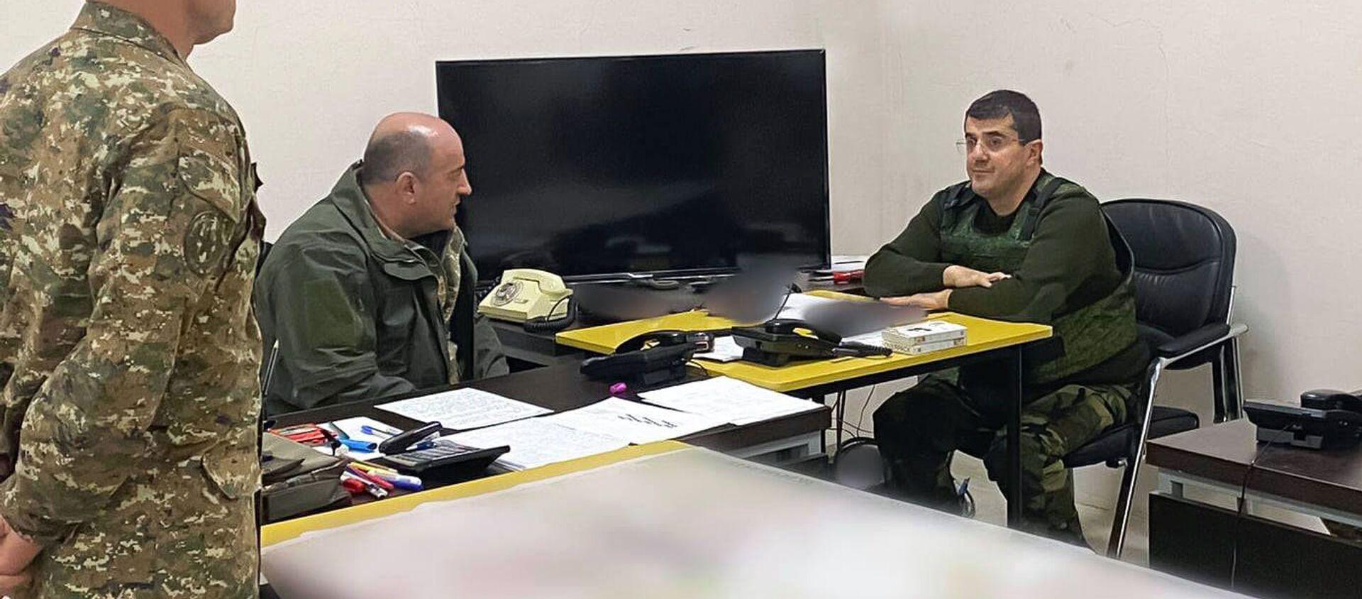 Президент Карабаха Араик Арутюнян встретился с военнослужащими в Шуши (5 ноября 2020). Карабах - Sputnik Արմենիա, 1920, 28.11.2020
