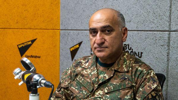 Советник начальника ГШ ВС Армении Владимир Погосян - Sputnik Армения