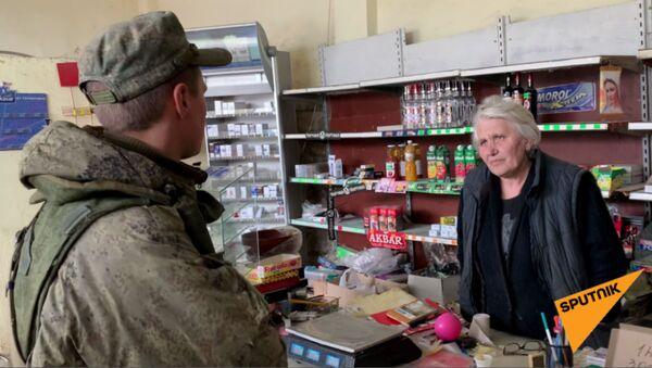 Случай с одним из миротворцев в продуктовом магазине Бердзора (Лачин) - Sputnik Արմենիա