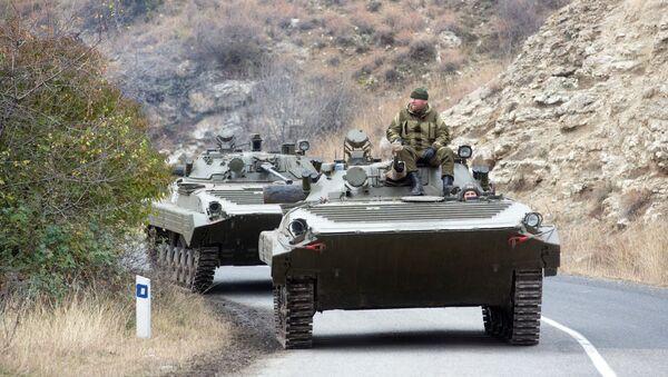 Боевые машины пехоты российских миротворцев в Нагорном Карабахе - Sputnik Արմենիա