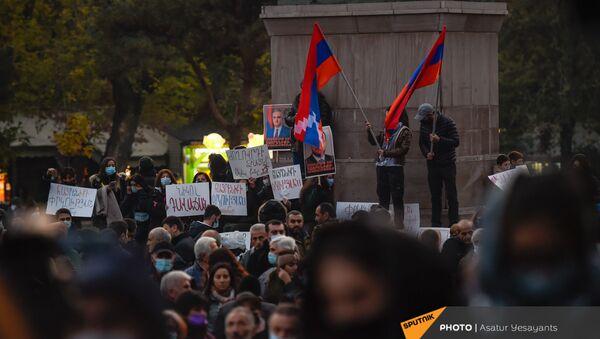 Митинг оппозиции на площади Свободы (16 ноября 2020). Еревaн - Sputnik Армения