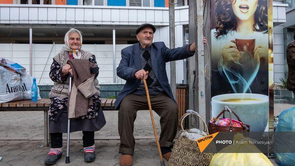 Степанакерт возвращается к мирной жизни - Sputnik Армения