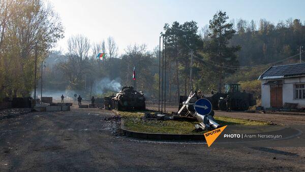 Блокпост российских миротворческих сил в Лачинском коридоре (17 ноября 2020). Карабах - Sputnik Արմենիա