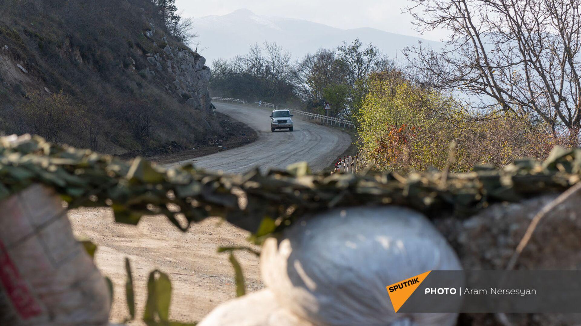 Блокпост российских миротворческих сил в Лачинском коридоре (17 ноября 2020). Карабах - Sputnik Армения, 1920, 13.03.2021