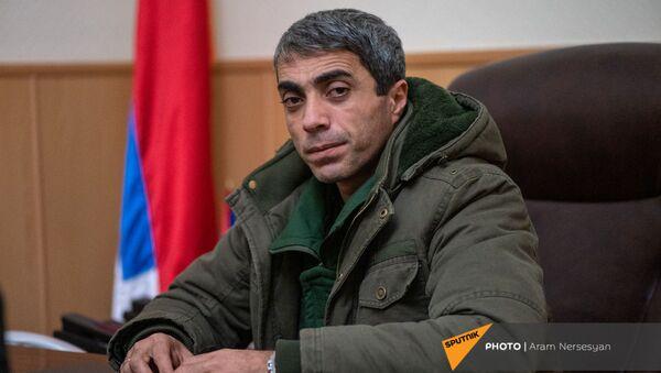Глава Мартакертского района Айк Бахшян во время интервью агентству Sputnik Армения (18 ноября 2020). Карабах - Sputnik Армения