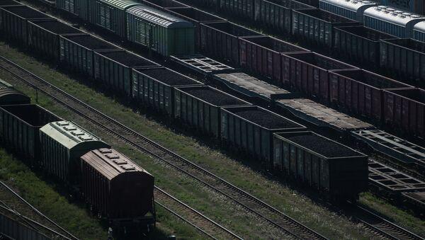Вагоны на железнодорожных путях  - Sputnik Армения