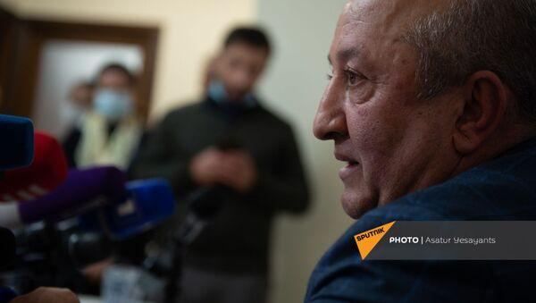 Пресс-конференция бывшего главы Генштаба Вооруженных Сил Армении Мовсеса Акопяна (19 ноября 2020). Еревaн - Sputnik Արմենիա