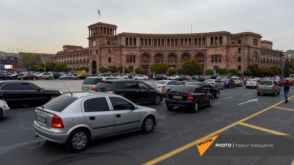 Акция протеста автомобилистов на площади Республики против действующего правительства (20 ноября 2020). Еревaн - Sputnik Армения