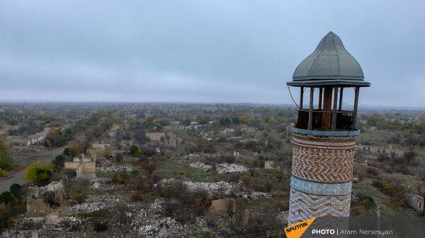 Агдам перед сдачей территорий азербайджанской стороне (19 ноября 2020). Карабах - Sputnik Армения