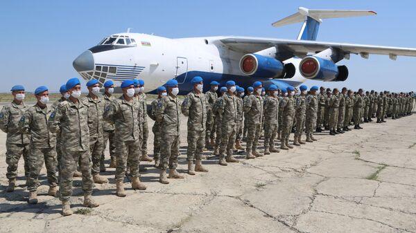 Торжественная церемония встречи участвующего в учениях личного состава Вооруженных Сил Турции в Азербайджан - Sputnik Արմենիա