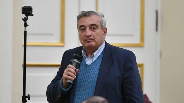 Директор Института истории Ашот Мелконян во время встречи с президентом Армении (23 ноября 2020). Еревaн - Sputnik Արմենիա