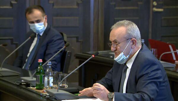 Министр образования, науки, культуры и спорта Ваграм Думанян во время очередного заседания правительства Армении (26 ноября 2020). Еревaн - Sputnik Արմենիա