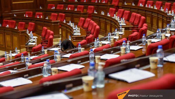 Внеочередное заседание Парламента Армении (26 ноября 2020). Еревaн - Sputnik Армения