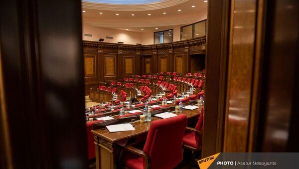Внеочередное заседание Парламента Армении (26 ноября 2020). Еревaн - Sputnik Արմենիա