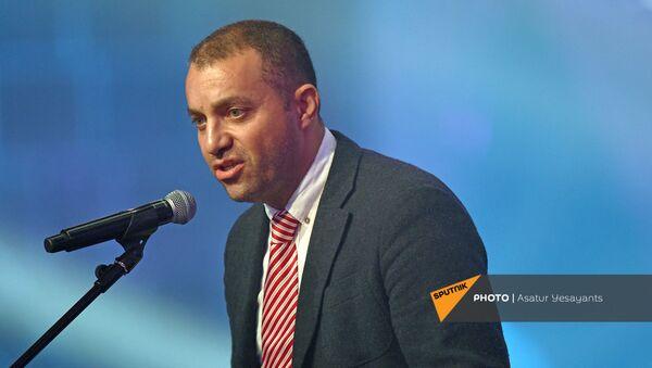 Ваган Керобян на праздничных мероприятиях Дня Независимости Армении (21 сентября 2019). Гюмри - Sputnik Արմենիա