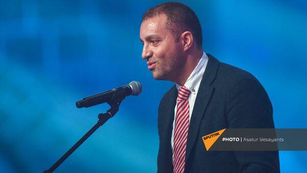 Ваган Керобян на праздничных мероприятиях Дня Независимости Армении (21 сентября 2019). Гюмри - Sputnik Армения