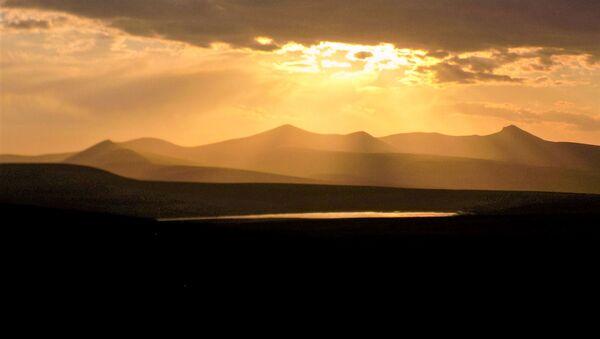 Алые озера на Варденисском хребте - Sputnik Армения