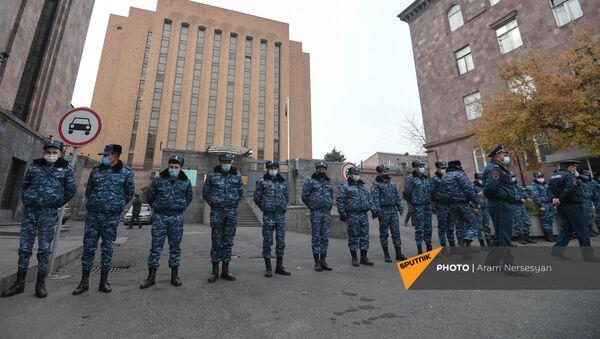 Акция с призывом решить вопрос с военнопленными и пропавшими без вести (29 ноября 2020). Еревaн - Sputnik Արմենիա