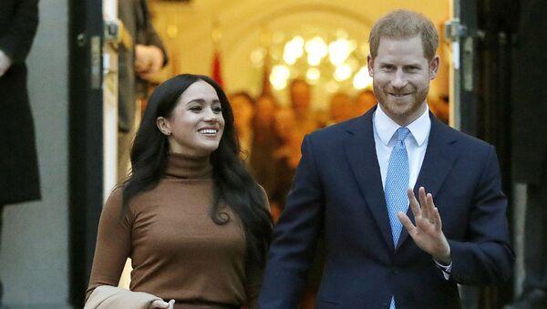 Британский принц Гарри и Меган, герцогиня Сассекская, покидают Canada House (7 января 2020). Лондон - Sputnik Армения