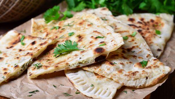 5 мест Еревана, где нужно есть женгялов хац — главное блюдо сезона  - Sputnik Армения