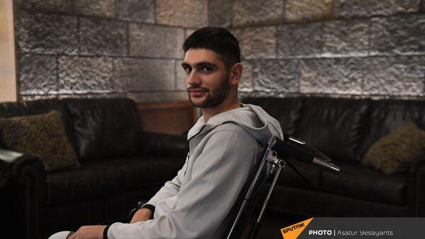 Солдат-срочник Сейран Согоян, учавствовавший в карабахской войне (2 декабря 2020). Еревaн - Sputnik Արմենիա