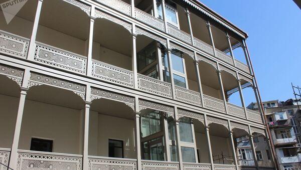 Вид на здание Тбилисской Академии Художеств со двора - Sputnik Արմենիա