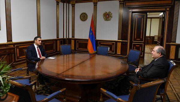 Президент Армен Саркисян встретился с защитником прав человека в Армении Арманом Татояном (3 декабря 2020). Еревaн - Sputnik Армения
