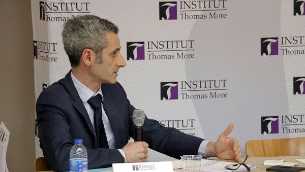 Захари Гросс во время семинара Французская политика в Арабо-Персидском заливе (20 марта 2019). Париж - Sputnik Արմենիա