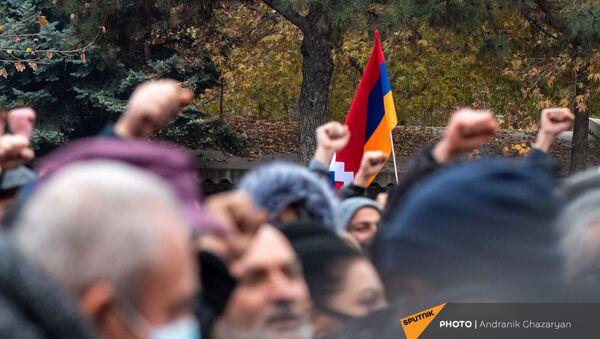 Митинг оппозиции с требованием отставки премьер-министра (5 декабря 2020). Еревaн - Sputnik Армения