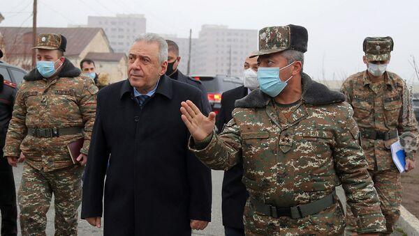 Министр обороны РА Вагаршак Арутюнян посетил одну из воинских частей (10 декабря 2020). - Sputnik Армения