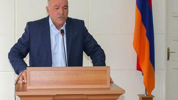 Приветственная речь нового губернатора Сюника Меликсета Погосяна сотрудникам муниципалитета (11 декабря 2020). Капан - Sputnik Արմենիա