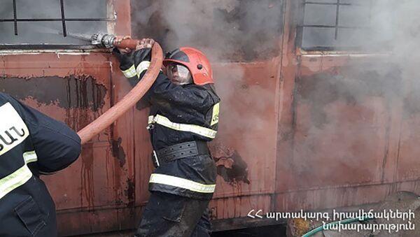 Пожар в дачных домах села Нурнус (13 декабря 2020). Котайк - Sputnik Արմենիա