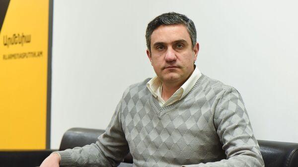 Руководитель партии Одна Армения Артур Газинян в гостях радио Sputnik - Sputnik Армения