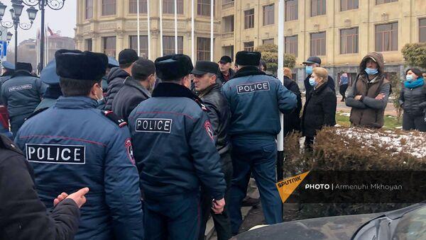 Акция протеста с требованием отставки правительства Армении во главе с премьер-министром (14 декабря 2020). Гюмри - Sputnik Армения
