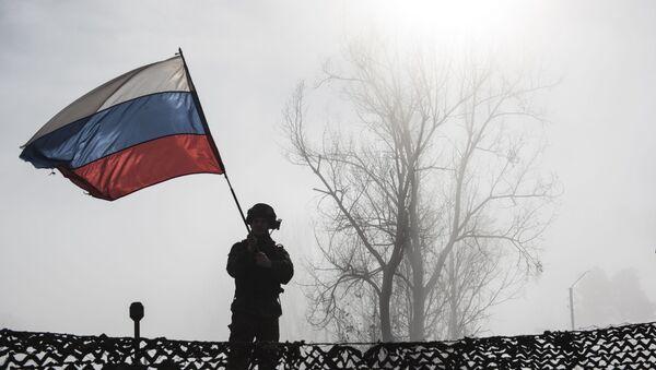 Российский миротворец на блокпосту №6 на въезде в город Шуши - Sputnik Արմենիա