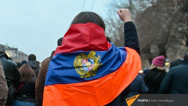 Шествие оппозиции с требованием отставки правительства Армении во главе с премьер-министром (14 декабря 2020). Еревaн - Sputnik Արմենիա
