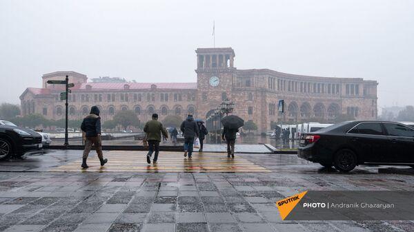 Дождливый день в Ереване - Sputnik Արմենիա