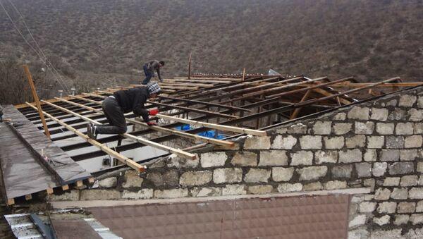 Российские миротворцы участвуют в восстановлении инфраструктуры г. Мартуни в Карабахе - Sputnik Армения
