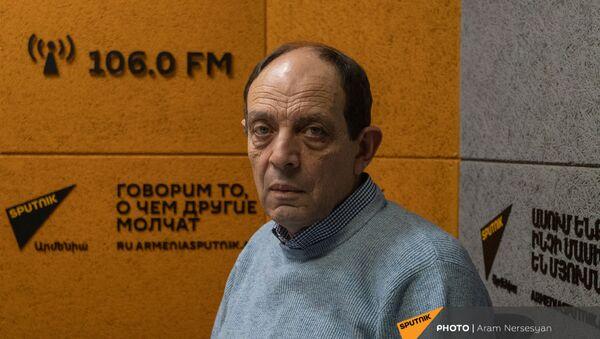 Правозащитник Аветик Ишханян в гостях у радио Sputnik - Sputnik Արմենիա