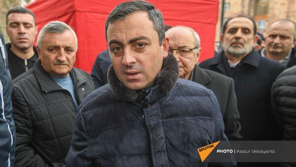 Ишхан Сагателян на митинге оппозиции на площади Республики (22 декабря 2020). Еревaн - Sputnik Արմենիա