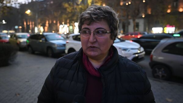Собираются ли наши граждане отмечать Новый год и если да, то как? - Sputnik Армения