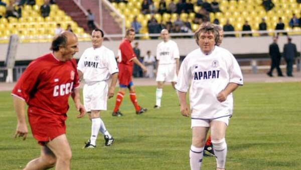 Аркадий Андриасян на футбольном поле - Sputnik Արմենիա