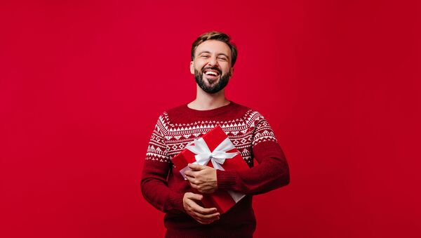 Успеть до Нового года: что подарить любимым мужчинам   - Sputnik Армения