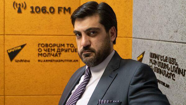 Аналитик Сероб Антинян в гостях радио Sputnik - Sputnik Արմենիա