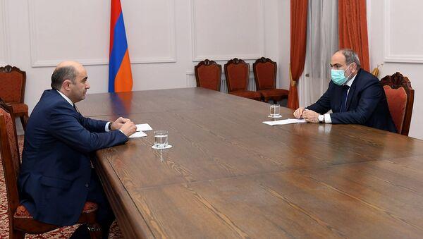 Премьер-министр Никол Пашинян встретился с руководителем парламентской фракции Просвященная Армения Эдмоном Марукяном (29 декабря 2020). Еревaн - Sputnik Արմենիա