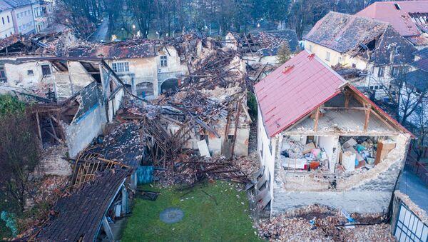 Поврежденные здания после землетрясения в Хорватии  - Sputnik Армения