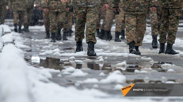Будни артиллерийского полка, защищающего Карвачар в дни войны (17 декабря 2020). Варденис - Sputnik Армения