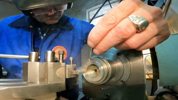 Санкт-петербургский завод помогает восстанавливать часы собора Парижской Богоматери - Sputnik Армения